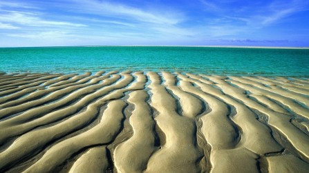 sand-at-low-tide-beach-australia.jpg